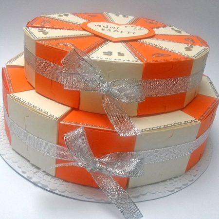 Pénzajándék papírtorta - 2 emeletes - bézs, narancssárga, szíves, jegygyűrűs - esküvőre nászajándékba