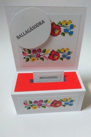 Ballagási pénzes dobozka - magyaros népi mintával, piros-fehér - ajándék pénz ballagásra - Pénzajándék