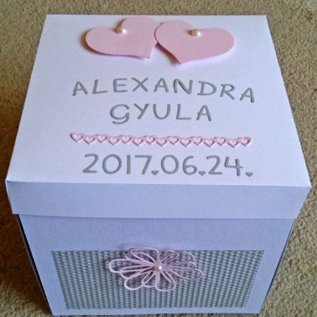 Meglepetés doboz esküvőre - rózsaszín, szürke - nászajándék