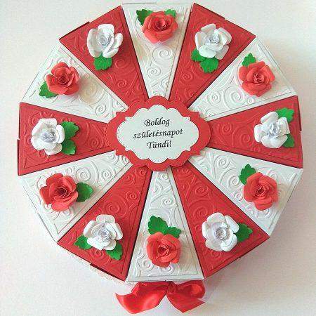 Papírtorta születésnapra - 12 szeletes, fehér-piros torta rózsákkal - Pénzajándék