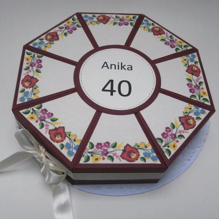 Papírtorta születésnapra - 8 szeletes, népi motívumos, kalocsai díszítésű torta - Pénzajándék