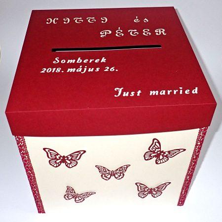 Kicsi pénzgyűjtő doboz esküvőre - fehér, bordó, pillangós - Pénzajándék